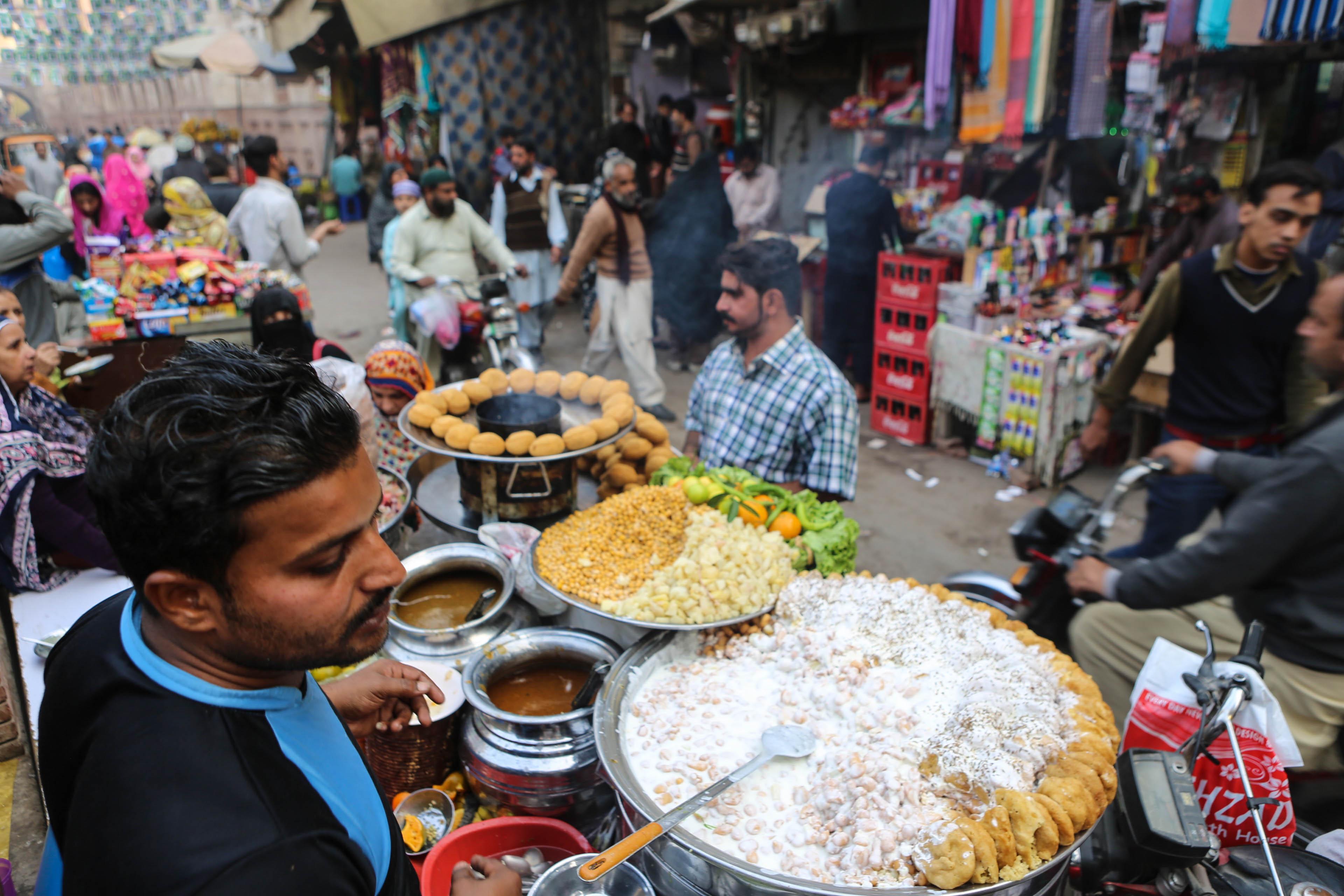 Pakistan: mat, dryck och starkare stimuli