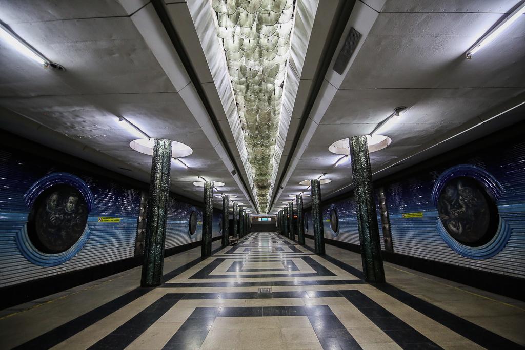 Den förbjudna tunnelbanan i Tashkent