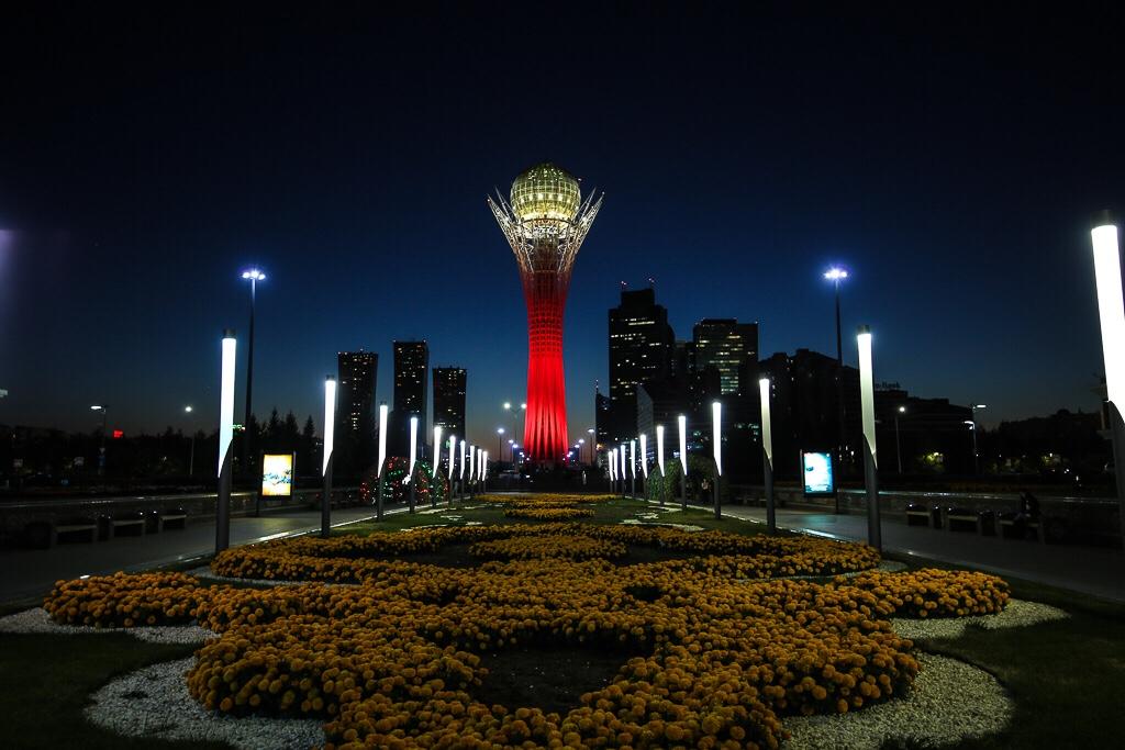 Kazakstans huvudstad byter namn