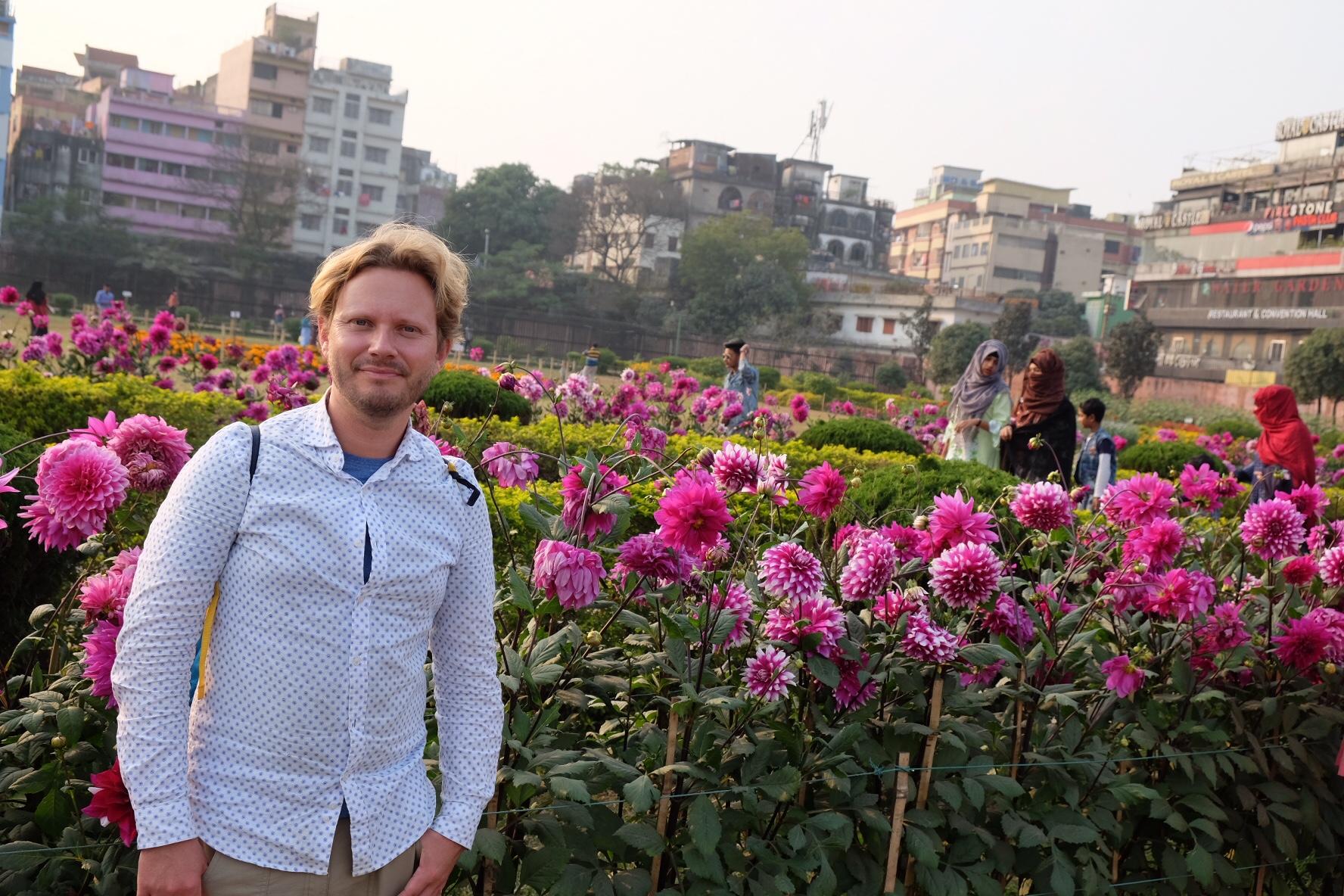 Stanken, rosorna och alla leenden